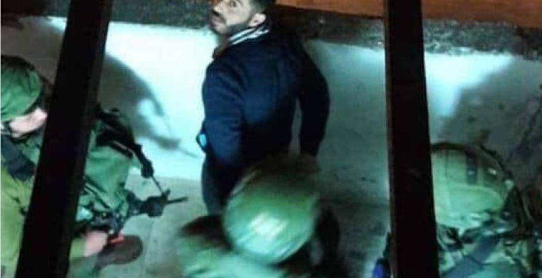 لحظة اعتقال جنود الاحتلال الأسير المحرر حسني العامودي