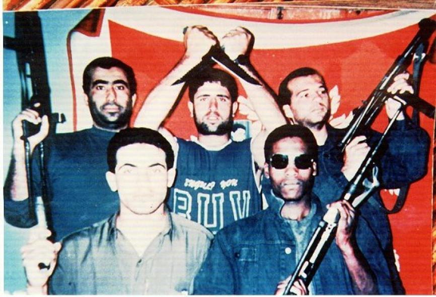مجموعة قسامية مع الشهيد عماد عقل