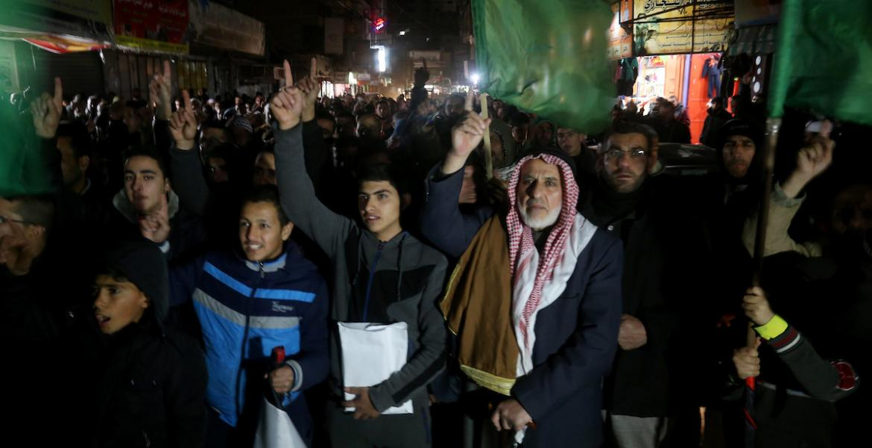 مسيرات لحركة حماس ابتهاجاً بعملية الدعس في القدس