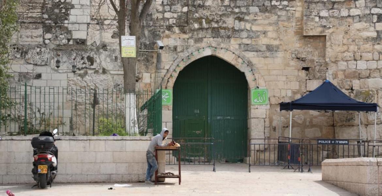 إغلاق قوات الاحتلال الإسرائيلي لإحدى بوابات المسجد الأقصى اليوم