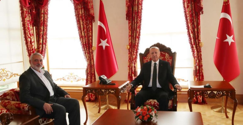 خلال لقاء هنية بالرئيس التركي