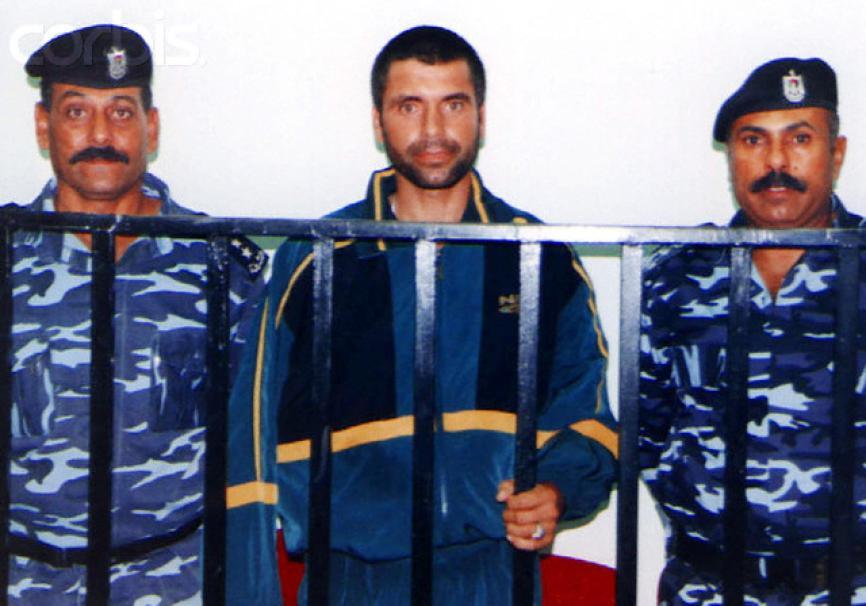 الشهيد القائد محمود أبو الهنود أثناء محاكمته لدى السلطة الفلسطينية