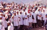 المبعدون يؤدون صلاة عيد الأضحى حيث يخطب فيهم الشيخ سعيد صيام ومناوشات بعد أداء الصلاة مع قوات الاحتلال